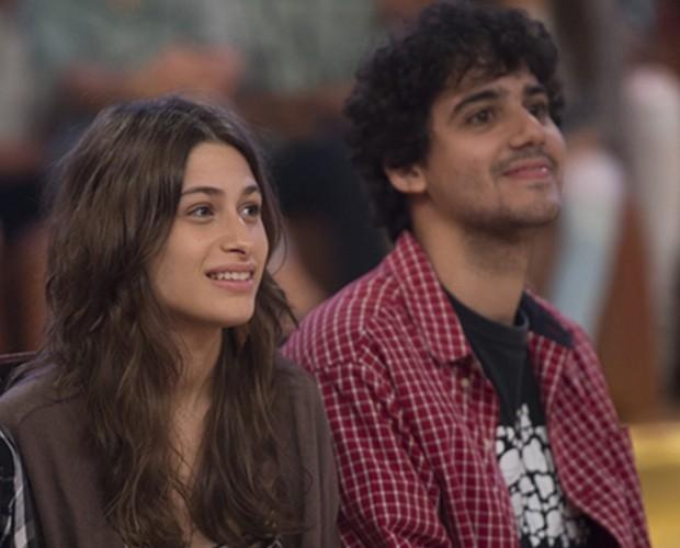 Luisa Arraes e George Sauma se conheceram nos bastidores do teatro (Foto: Alex Carvalho/Globo)