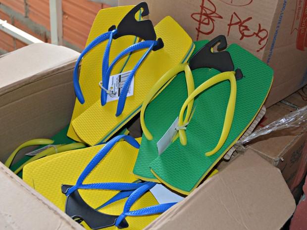 Acrianas, sandália do Acre (Foto: Amanda Borges/G1)