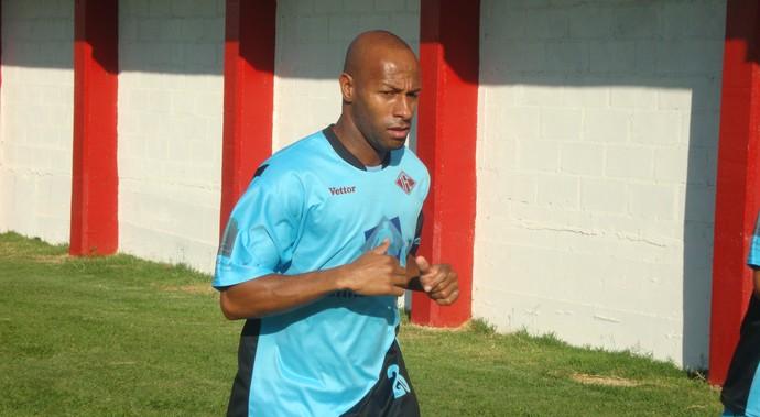 Joílson treino Tombense (Foto: Bruno Ribeiro)