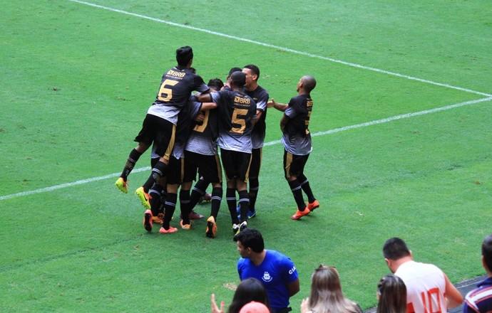 Sobradinho venceu o Brasília em partida animada no Estádio Mané Garrincha (Foto: Milo Rezende / Sobradinho EC)