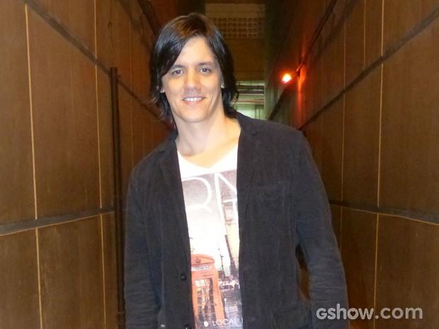 Dan Torres se inspirou no filho para gravar tema de abertura (Foto: Império/TV Globo)