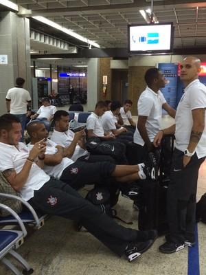 Corinthians embarque Estados Unidos (Foto: Diego Ribeiro/GloboEsporte.com)