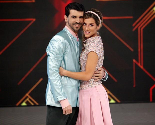 O casal está forte na disputa do 'Dança 2014'! (Foto: Raphael Dias / TV Globo)