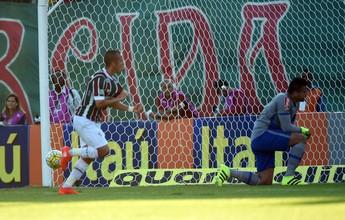 Flu voa no primeiro tempo e empurra o Cruzeiro para a zona de degola: 2 a 0