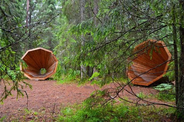 Ruup: megafones gigantescos instalados em parques florestais na Estônia para ampliar o som ambiente (Foto: Reprodução/Instagram)