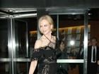 Nicole Kidman usa look transparente em pré-estreia em Nova York