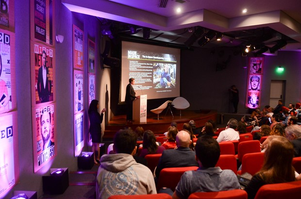 A palestra de Andrew Rush, da Made in Space, no Wired Warm Up (Foto: Rodrigo Zorzi)