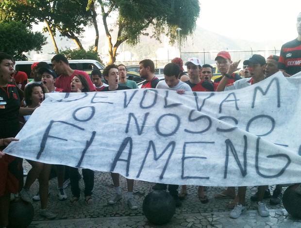 sto torcida do Flamengo na gávea (Foto: Marcelo Baltar / Globoesporte.com)