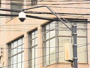 Câmera de segurança em via pública de Itaúna (Foto: TV Integração/Reprodução)
