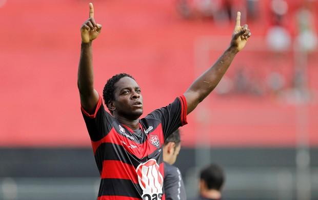 Marcelo Nicácio gol vitória (Foto: Eduardo Martins / Ag. Estado)