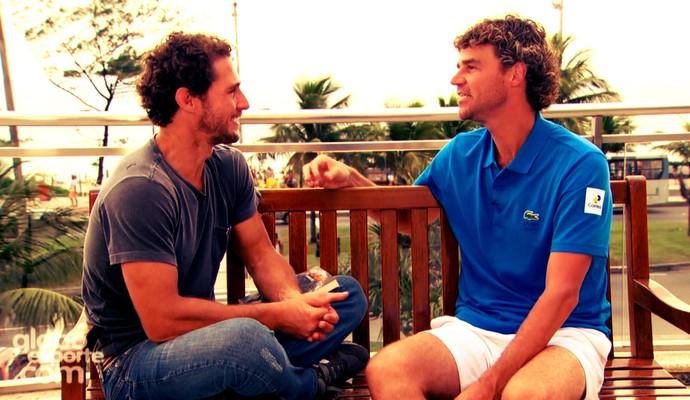 Flávio Canto e Gustavo Kuerten (Foto: Reprodução TV Globo)
