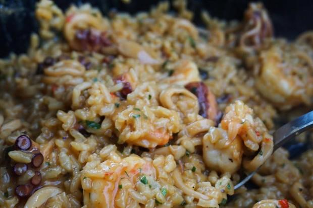 Risoto de frutos do mar, um prato para compartilhar com os amigos