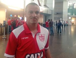 Éder, meia CRB (Foto: Estéfane Padilha/GloboEsporte.com)