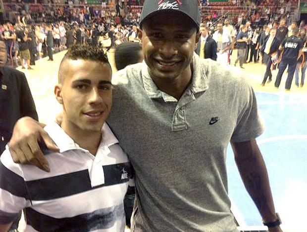 Gabriel com Leandrinho NBA (Foto: Divulgação /  Masters sports & marketing)