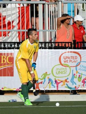 Bruno Sousa em ação pela seleção brasileira de hóquei sobre a grama (Foto: Yan Huckendubler/PanAmHockey)
