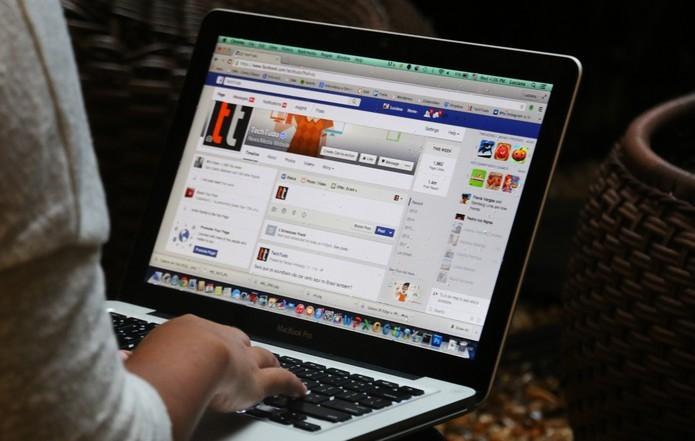 Aprenda a usar o Facebook como nuvem para armazenar fotos (Foto: Luciana Maline/TechTudo)