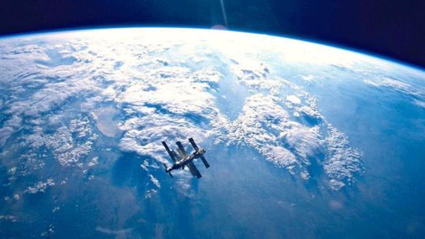 Destroços da estação espacial Mir estão espalhados pela região em torno do Ponto Nemo  (Foto: Nasa)