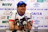 """Guto brinca sobre time que encara o Ceará: """"Não posso adiantar nada"""""""