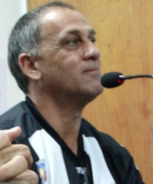celso teixeira técnico central (Foto: Vital Florêncio / GloboEsporte.com)
