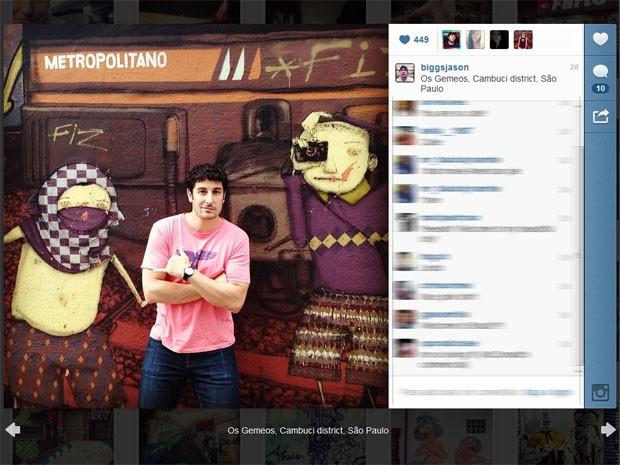 Jason Biggs passou pelo bairro do Cambuci, em São Paulo, enquanto divulgava sua nova série (Foto: Reprodução/Instagram)