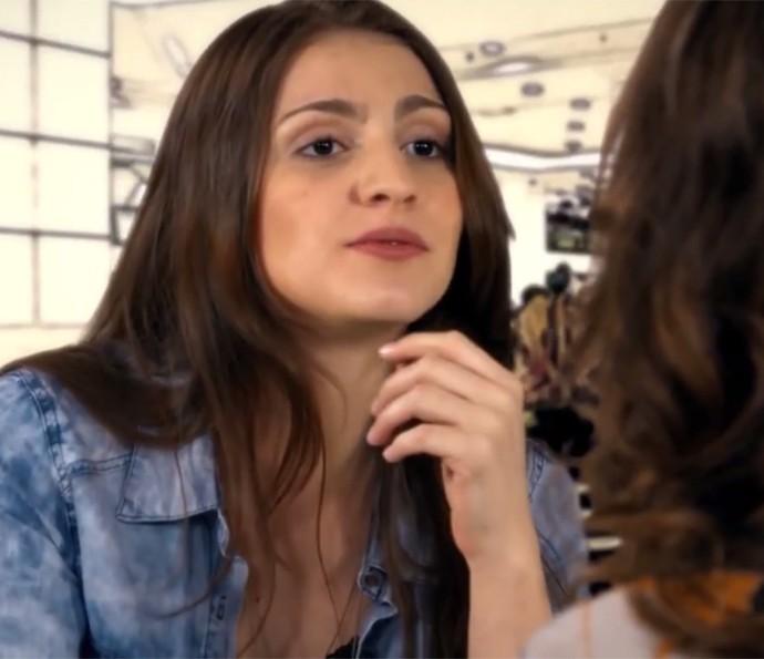Larissa Bougleux fez a 'fã amiga' em 'Absurdices com Thalita Rebouças' (Foto: Gshow)