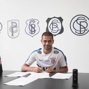 Clayton Corinthians Assinatura (Foto: Divulgação)