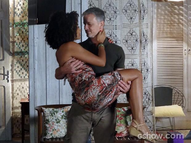 Kléber e Keila reatam! (Foto: Além do Horizonte/TV Globo)