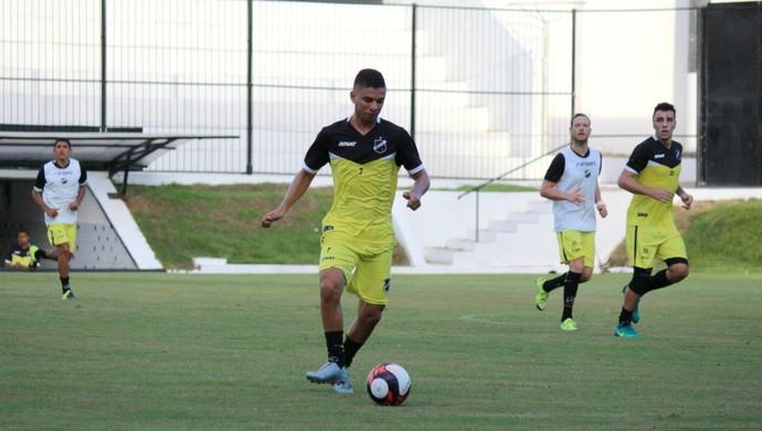 ABC - Erivélton, meia (Foto: Andrei Torres/ABC FC/Divulgação)