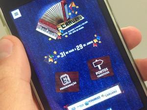 """App """"São João de Caruaru 2014"""" está disponível na Play Store ou App Store (Foto: Jael Soares/ G1)"""