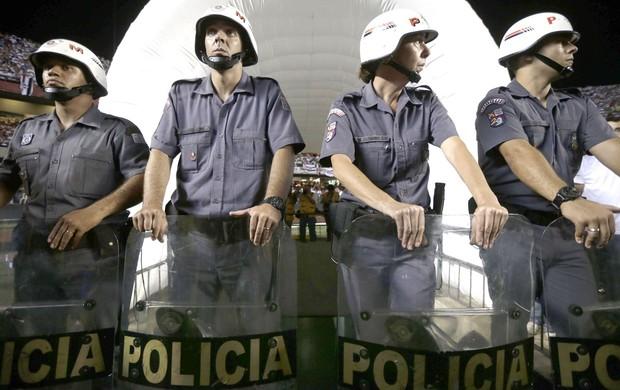 Policia, São Paulo e Tigre, AP (Foto: Agência AP)