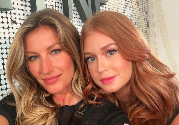 Marina e Gisele em evento de marca de beleza  (Foto: Reprodução/ Instagram)