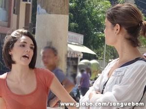 Amora ouve poucas e boas! (Foto: Sangue Bom / TV Globo)