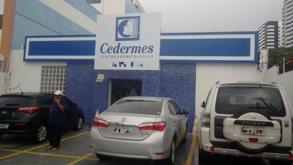 Caso ocorreu em uma clínica do bairro da Pituba (Foto: Maiana Belo/G1 Bahia)