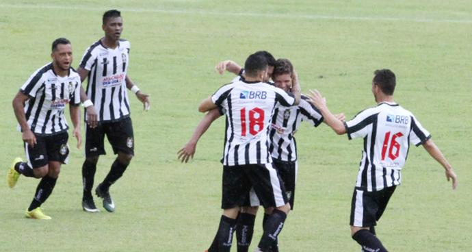 Elivelto anotou o gol que deu o empate ao Ceilândia contra o Sete de Dourados (Foto: Divulgação / ceilândiaec.com.br)