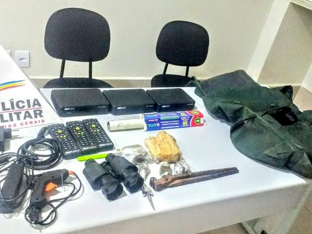 material foi recuperado e encaminhado para delegacia de Ipatinga (Foto: Divulgação/PM)
