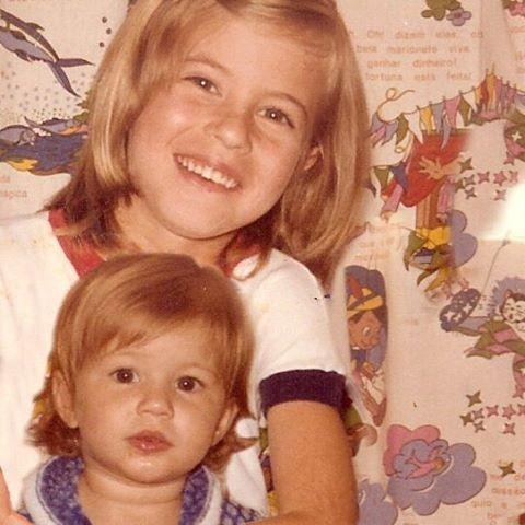 Gisele com a irmã (Foto: Reprodução/Instagram)