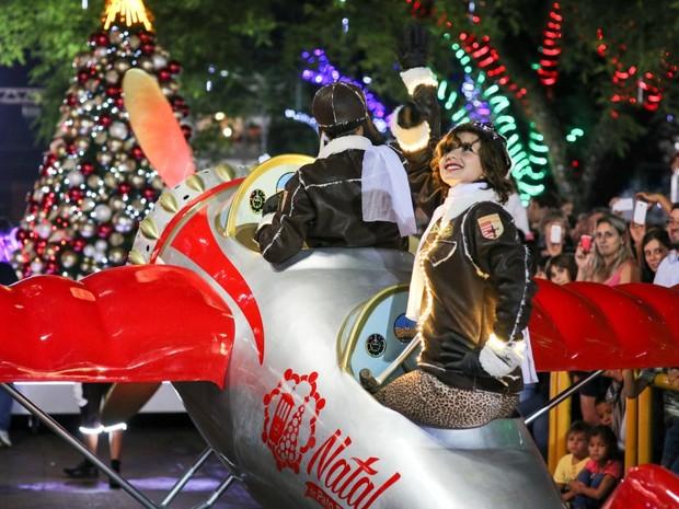No total, desfile de aniversário de Pato Branco terá sete carros alegóricos e 100 voluntários distribuídos em várias alas (Foto: Prefeitura de Pato Branco / Divulgação)
