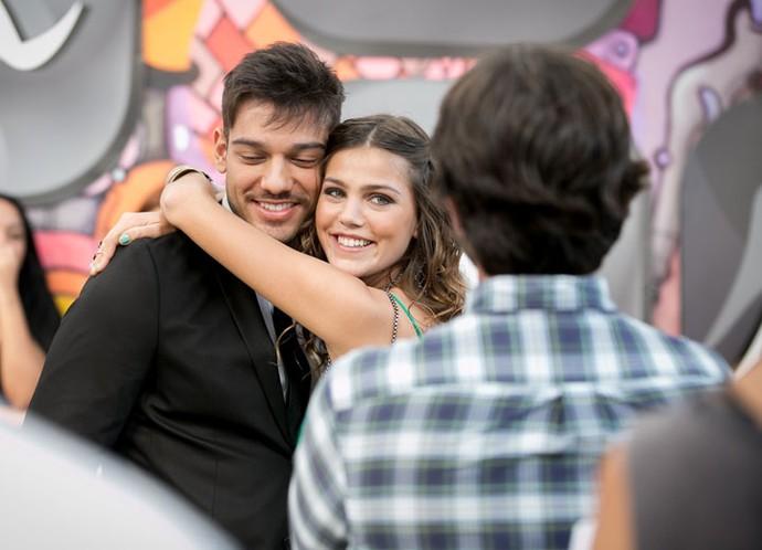 Muito amor por Pâmela e Lucas Lucco!  (Foto: Isabella Pinheiro/Gshow)
