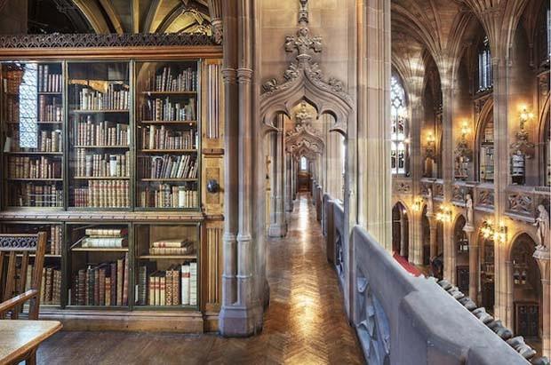 Catedral dos Livros, em Manchester, na Inglaterra (Foto: Reinhard Görner)