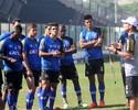 À espera de Leandrão, Vasco faz treino fechado; Jeferson é a novidade