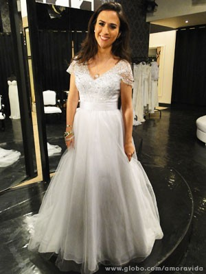 Valdirene vestida de noiva (Foto: Amor à Vida / TV Globo)