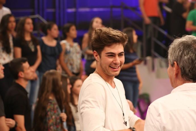 Rafael Vitti nos bastidores do 'Altas Horas' (Foto: Carol Caminha/Gshow)