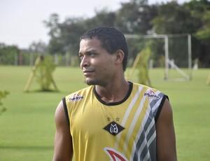 Meia Robinho do Mixto (Foto: Robson Boamorte/GLOBOESPORTE.COM)