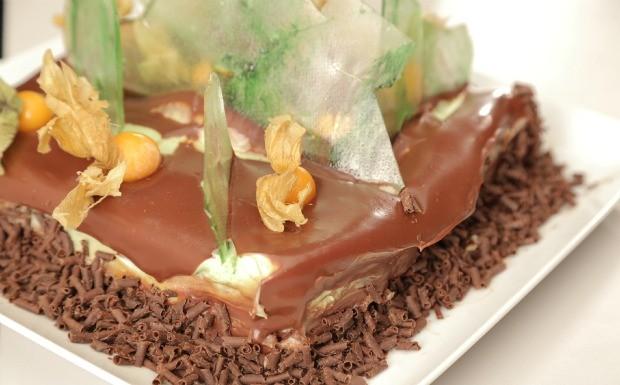 Que Seja Doce - Ep. 6 - Sozinho e Acompanhado - Trio composto de chocolate com wasabi e cumaru (Foto: Divulgao)