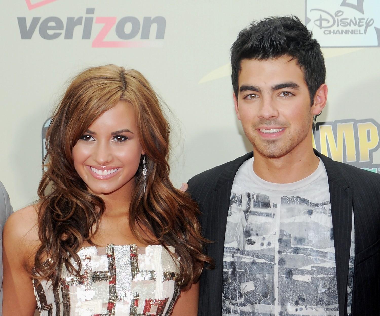 Demi Lovato e Joe Jonas: namoro na adolescncia virou amizade (Foto: Evan Agostini/Invision/AP)