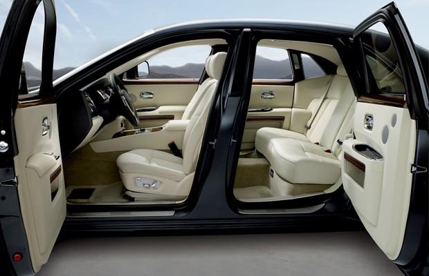 Instalada em SP, marca inglesa de alto luxo quer vender até 12 carros por ano (Foto: Divulgação)