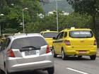 Taxistas retornam à porta do TJ em protesto contra Uber no Rio
