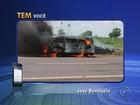 Perua que transportava idosos pega fogo em rodovia de José Bonifácio