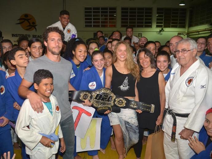 Ronda Rousey no Instituto Reação (Foto: André Durão)