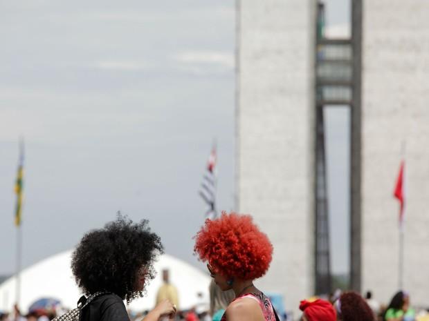 Participantes da marcha das mulheres negras diante do Congresso Nacional, em novembro do ano passado; foto compõe a exposição na UnB (Foto: Janine Moraes/Divulgação)